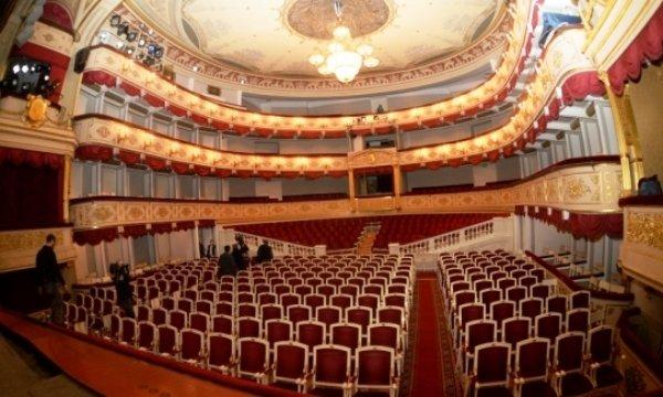 Чуттєві оповідання Григора Тютюнника  або вистава «Холодна м'ята» у Малому театрі